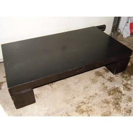 Table salon design années 70 noir deco vintage circa