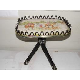 Table tripode vintage meuble gueridon scoubidou selette chasse à courre formica rétro années 60