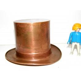 chapeau haut de forme cuivre antiquité