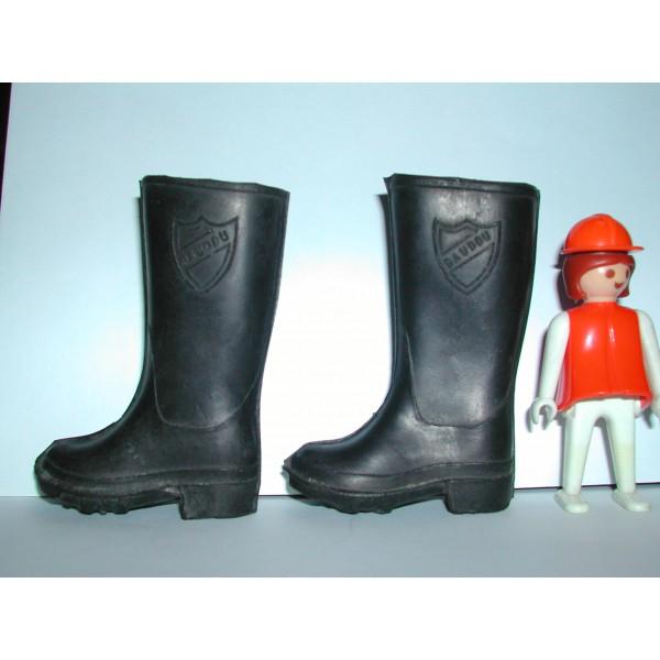 jouet poupée bottes publicitaire baudou Au Dépôt d'Achille